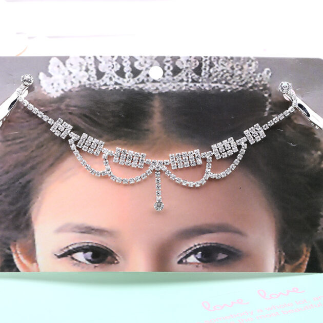 Korean jewelry bride hair jewelry set a socialite banquet on behalf of Yiwu supply accessories wholesale trade