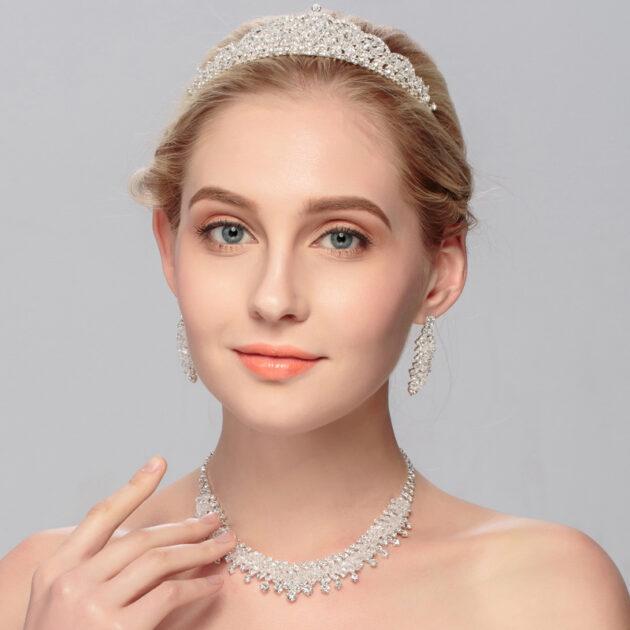Bridal Tiara, three piece Wedding Necklace, Earring Jewelry Set, European and American big wedding accessories wholesale