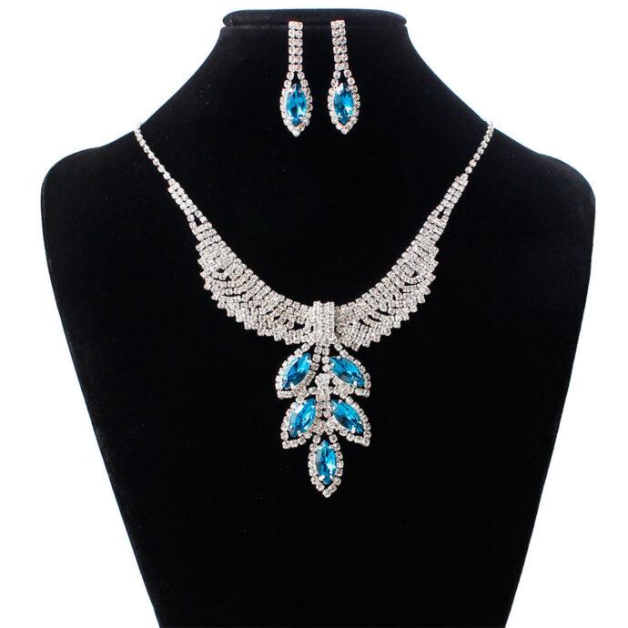 Bridal Jewelry three sets of Korean Wedding Necklace, earring set, Rhinestone Wedding dress accessories, wedding jewelry wholesale