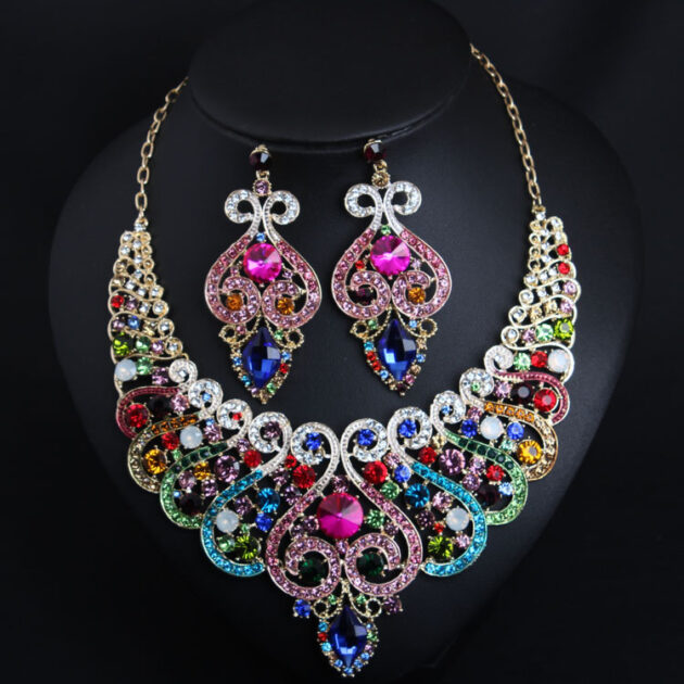 Europe and the United States luxury Color Gemstone short clavicle, necklace, earrings set dress dinner, bride jewelry wholesale