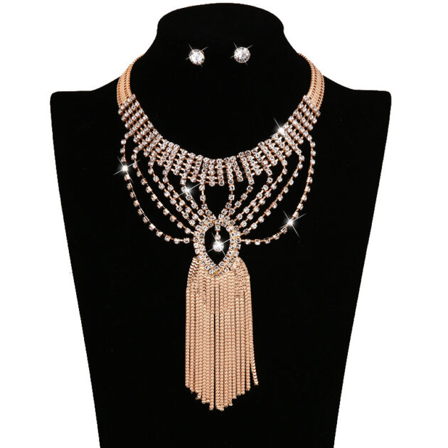 Cross border electricity supplier, European and American fashion items jewelry, earrings, necklace combination, ladies suite, bridal accessories V