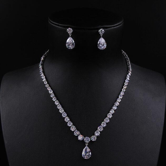 Elegant melody Zircon Necklace Earrings Set Wedding Bride Wedding Dress deep V Necklace Jewelry dinner party