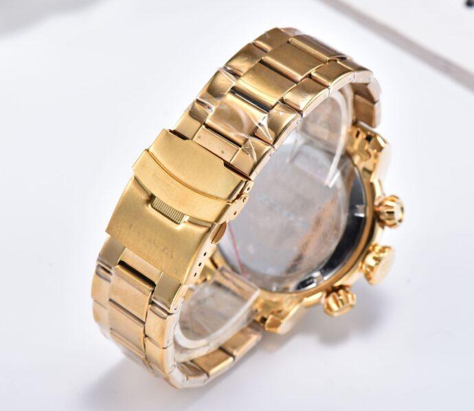 Large dial steel belt quartz watch